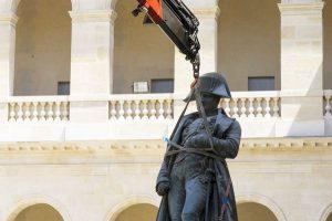 02 300x200 [MuseumWeek] Quelques photos insolites du musée de lArmée   #MomentsMW