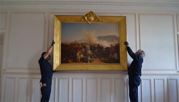 Installation tableaux dans les Salons du Quesnoy : bandeau
