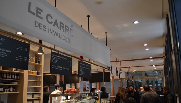 """Inauguration du café restaurant le """"Carré des Invalides"""" le 28 avril 2014"""