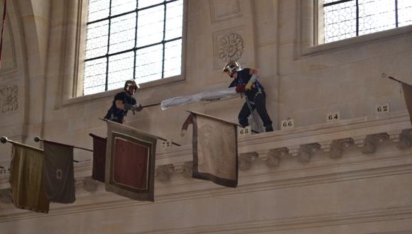 Cathédrale Saint-Louis des Invalides retour d'emblemes : bandeau