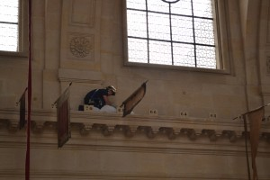 Cathédrale Saint-Louis des Invalides retour d'emblemes sapeur pompier de la BSPP