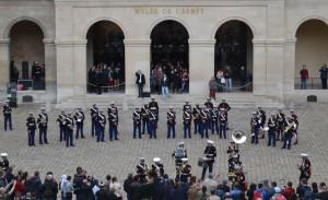 MA fb 2ndMarines 2 20140527 300x183 La Fanfare du 2nd Marines Corps dans la cour dHonneur des Invalides