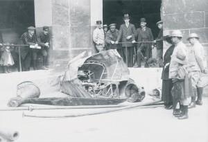Morceaux du zeppelin allemand abattu le 21 février 1916 près de Revigny dans la Meuse © Paris, musée de l'Armée dist RMN-GP