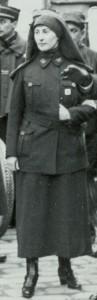 Infirmière, le 12 juillet 1915 aux Invalides © Paris, musée de l'Armée dist. RMN-GP