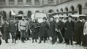 MA BA IGG ep7 20140811 300x170 Les Invalides during the Great War, seventh episode : Russian ambulances in the main courtyard
