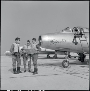 """MA BA 100ansphoto07 2 20150306 297x300 """"One hundred years of photography in the French Armed Forces. Seventh episode. André Branlard: the French Air Force and Navy during the fifties."""