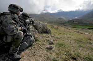 Groupe de combat du 1er régiment d'infanterie (RI) en appui sur les hauteurs du village de Wochakanay, Afghanistan, 7 avril 2009 © ECPAD / Adjudant Arnaud