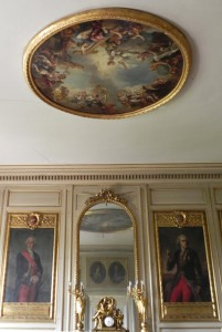 """""""L'Apothéose de Saint-Louis"""", peint par Charles de La Fosse, au plafond du bureau historique de l'Hôtel des Invalides"""