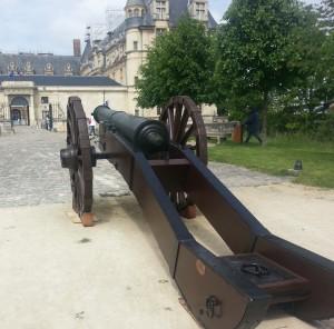 MA BA canon ecouen1 20150527 300x296 Le canon de François Ier au musée national de la Renaissance   Château dEcouen !