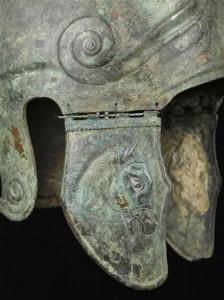 Détail casque Chalcidien, don de Napoléon III au musée d'Artillerie © Paris - Musée de l'Armée, Dist. RMN-Grand Palais / Fanny Reynaud