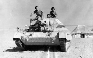 Char Crusader du 501e RCC dans le désert d'Afrique-du-Nord © musée de l'ordre de la Libération / DR