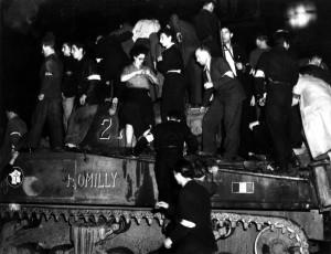 Paris, 24 août 1944, 22 h 30. Le char Romilly est un des trois chars de la colonne Dronne, les  premiers dans la capitale © musée de l'ordre de la Libération / DR