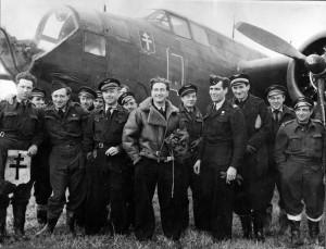 Le groupe Lorraine à son arrivée sur le terrain de Vitry-en-Artois en  novembre 1944 © musée de l'ordre de la Libération / DR