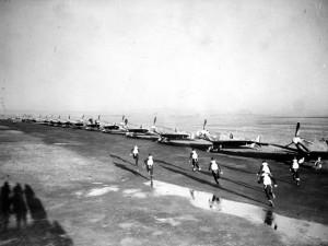 Le 340 squadron en alerte à Ayr (Ecosse), en novembre 1942 © musée de l'ordre de la Libération / DR