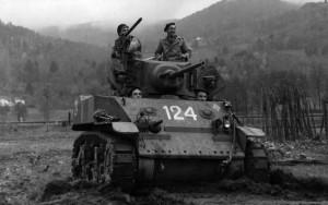 Le char 124 du 1er RFM dans les Vosges en novembre 1944 © musée de l'ordre de la Libération / DR