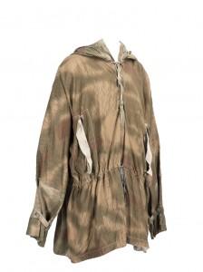 Blouse camouflée réversible de la Heer © Paris, musée de l'Armée, Emilie Cambier