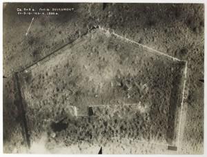 Verdun épisode 15-2 : Vue aérienne du fort de Douaumont, Hallo Charles-Jean