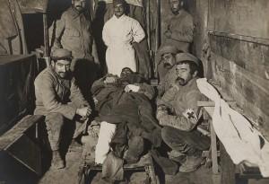 MA BA expoverdun 1602 300x205 Lhyperbataille de Verdun, seizième épisode : survivre aux blessures