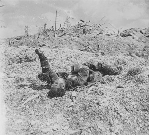 Verdun épisode 19-2 : Cadavre d'une soldat Allemand, Anonyme - © Musée de l'Armée
