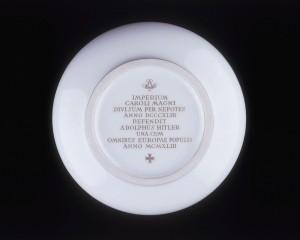 Verdun épisode 20-2 : Coupelle de Porcelaine pour l'anniversaire du Traité de Verdun 1, © Musée de l'Armée
