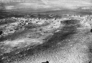 Verdun épisode 22-1 : Vue aérienne de Fleury-devant-Douaumont, Hallo Charles-Jean