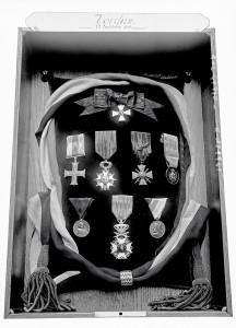 Verdun épisode 23-2 : Décorations remises à la ville de Verdun, agences Rol \ © Bnf