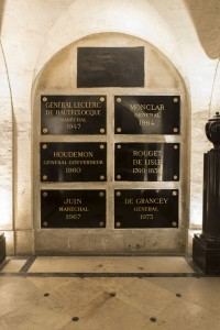 Rouget de Lisle, plaque au milieu à droite © Paris, musée de l'Armée, dist. RMN-GP