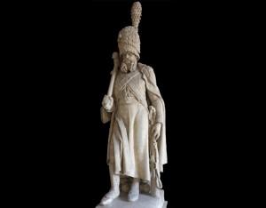 Statut d'un sapeur des grenadiers de la Garde impériale © Paris - musée de l'Armée (Dist. RMN-Grand Palais)/image musée de l'Armée